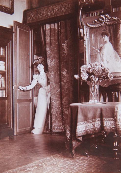 marcelle-rosset-granger-en-1911-au-45-avenue-de-villiers-1